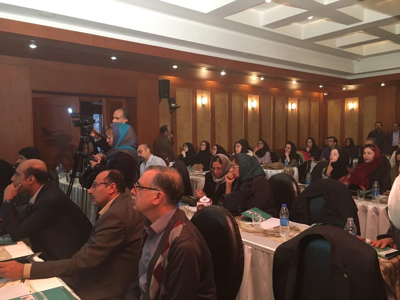 کنفرانس بیوفیدبک با حضور استاد دکتر رییسی- هتل شیراز-1395